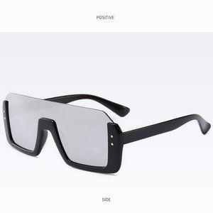 Silver Mirror Lens Sunglasses